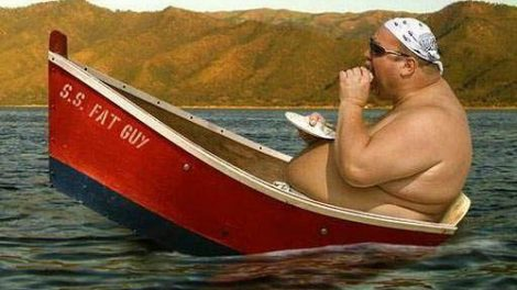 fat-guy-on-sinking-boat